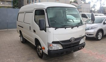 TOYOTA DYNA-ROUTE VAN